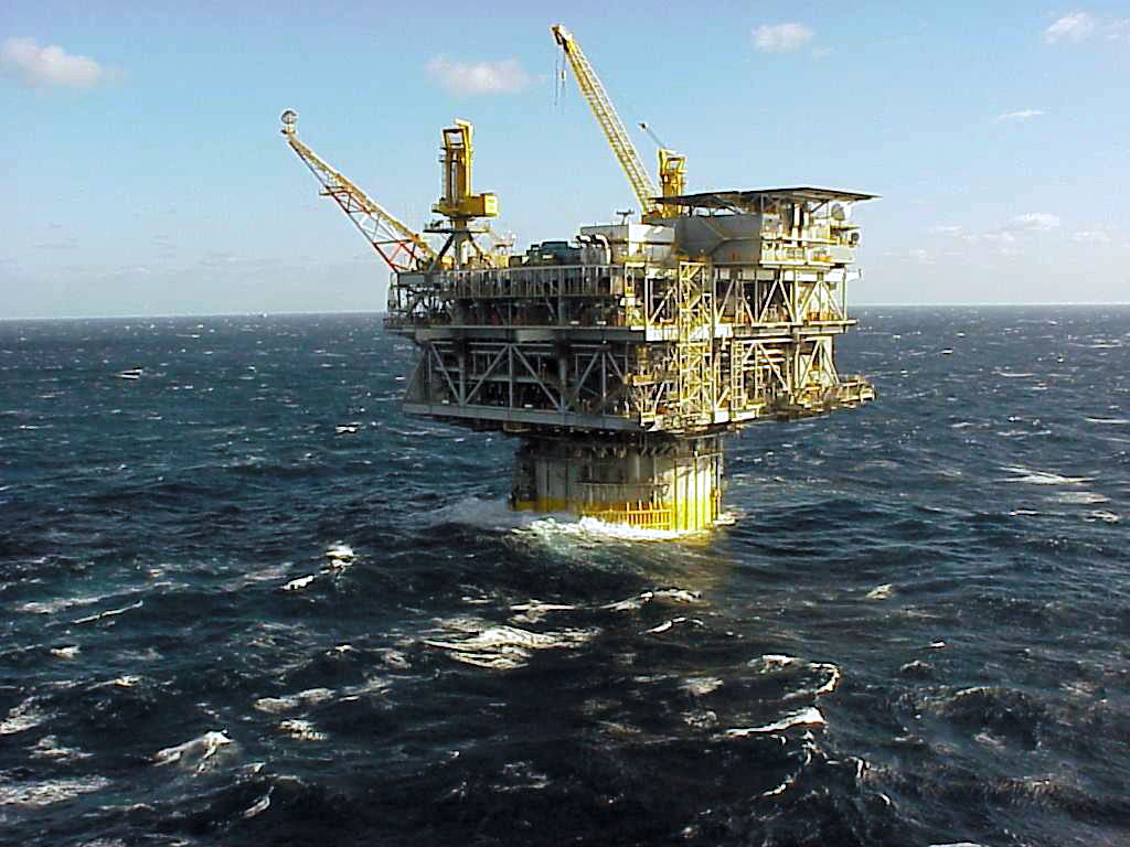 Offshore Oil Rig : Offshore drilling power for the people va