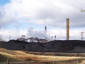 Dominion's coal-fired Chesterfield Power Station, on the James River, has been driving climate change since 1952. Photo credit Ed Brown, Wikimedia Commons.