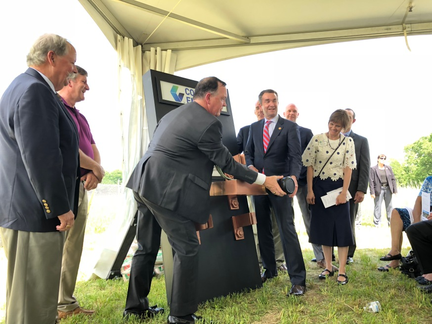 CVEC CEO Gary Wood and Virginia Governor Ralph Northam flip the switch on the solar farm